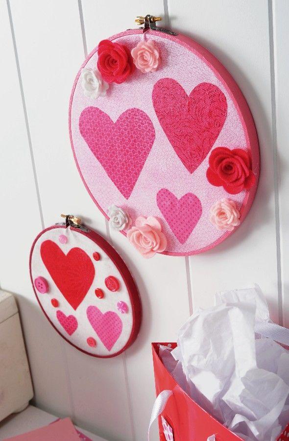 Bastidor con corazones