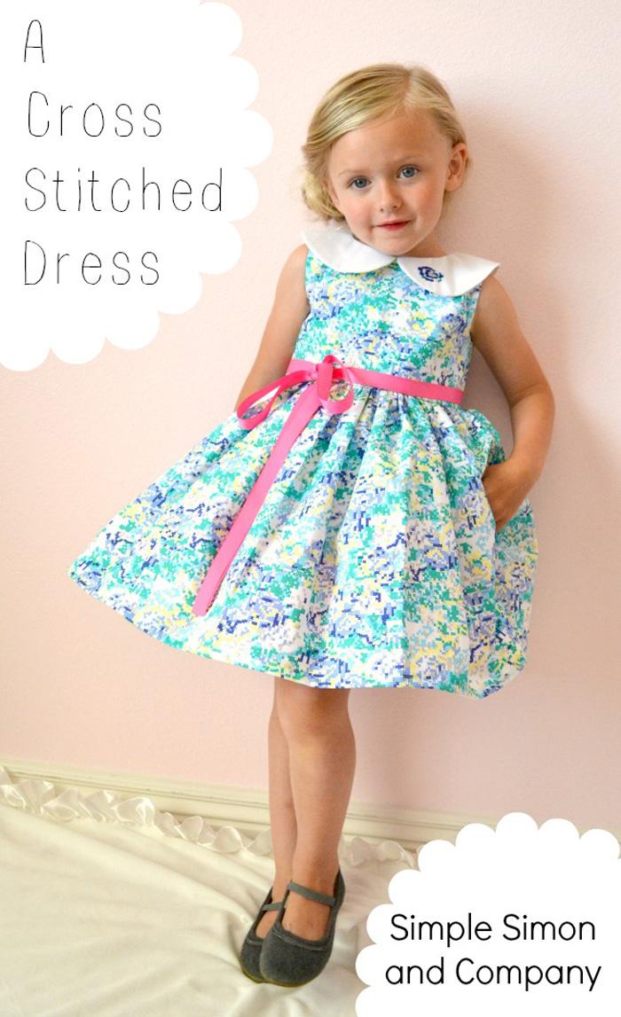 Un vestido de niña estampado en punto de cruz