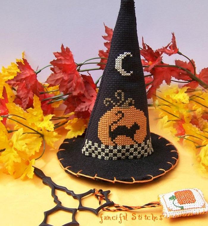 Gorro Halloween a punto de cruz